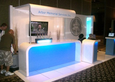 Arbor booth